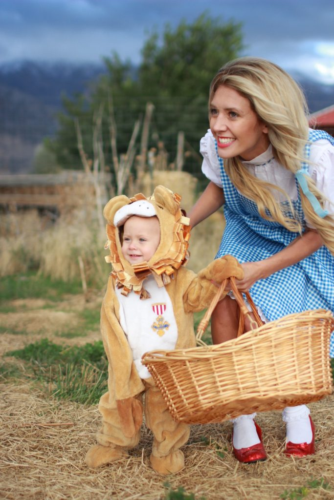 lion-costume-wizard-of-oz